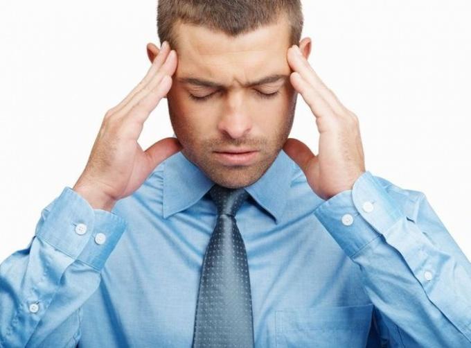 Как избавиться от головной боли с помощью народных средств