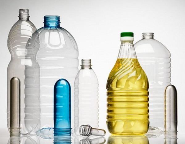 Пустые пластиковые бутылки еще вам послужат