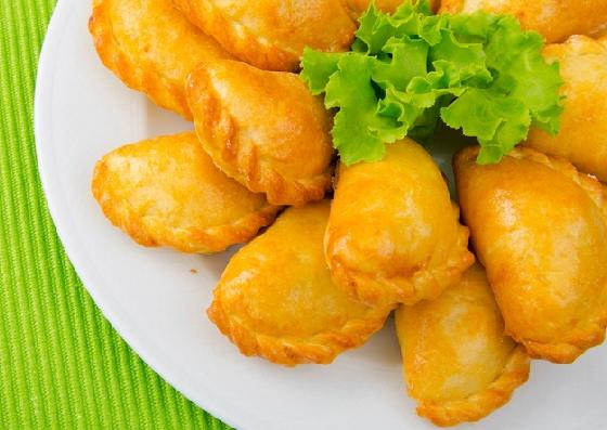 Картофельные пирожки со шпротами
