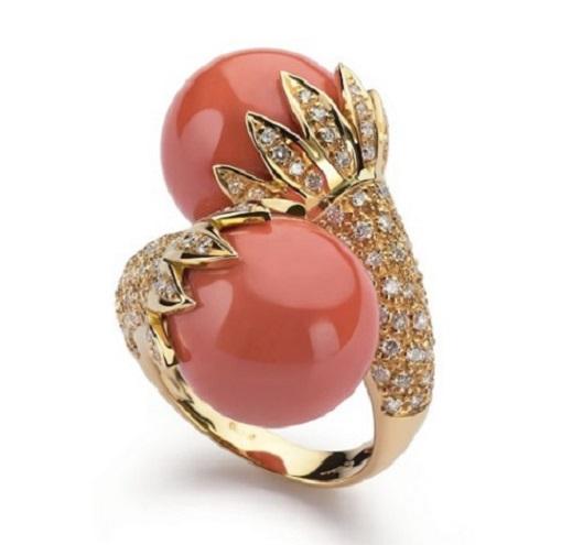 Выбираем кольцо с кораллом