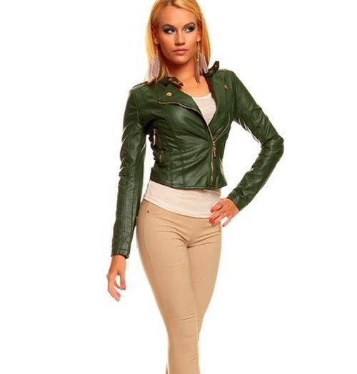 Женская куртка зеленого цвета