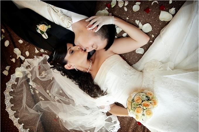 Как организовать первую брачную ночь