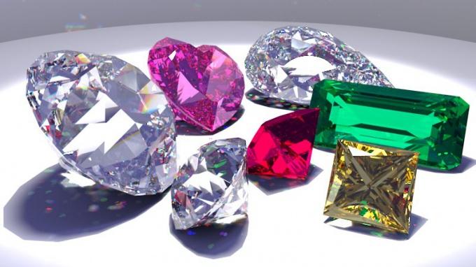 Какая кристаллическая решетка у алмаза
