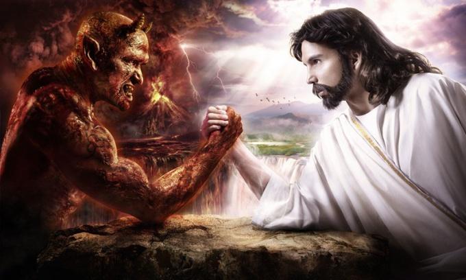 Кто противостоит силам любви и света?