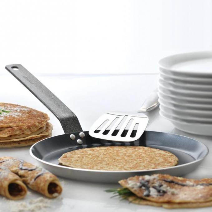 Какую сковороду лучше всего выбрать для блинов