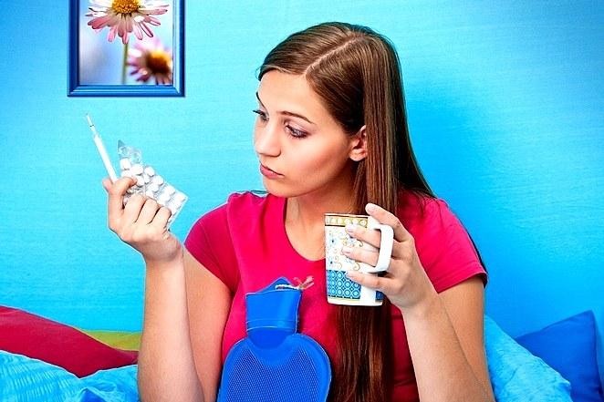 Понижение температуры тела могут вызывать таблетки: антидепрессанты, снотворные препараты, миорелаксанты