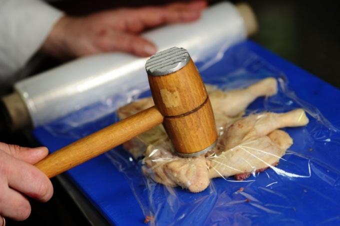 Как приготовить цыпленка табака дома