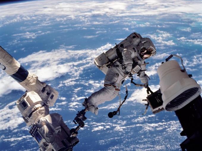 Космонавтика: как все начиналось