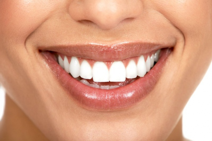 Как выглядит коронка для зуба