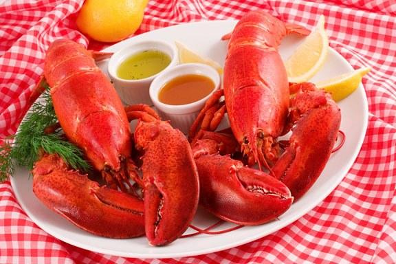 Нежное мясо омаров - настоящий деликатес