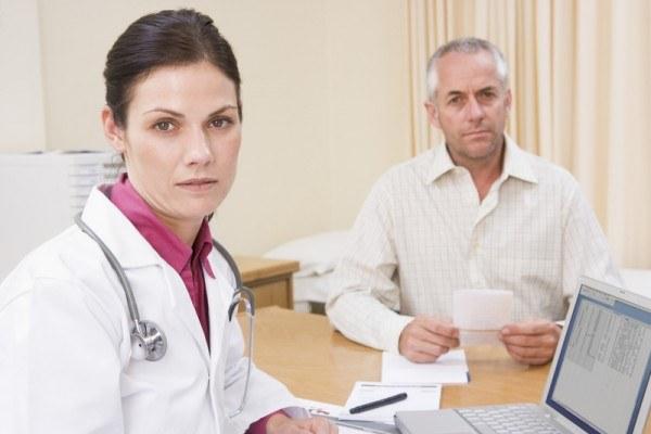 Какие первые признаки рака желудка