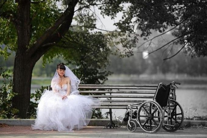 познакомлюсь с девушкой инвалидом из россии