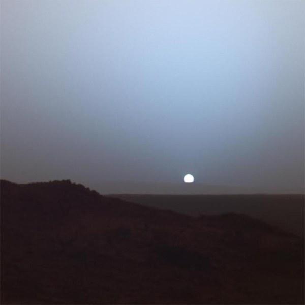 Марсианский закат в кратере Гусева