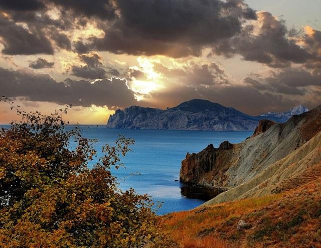 Как отдыхать осенью в Крыму