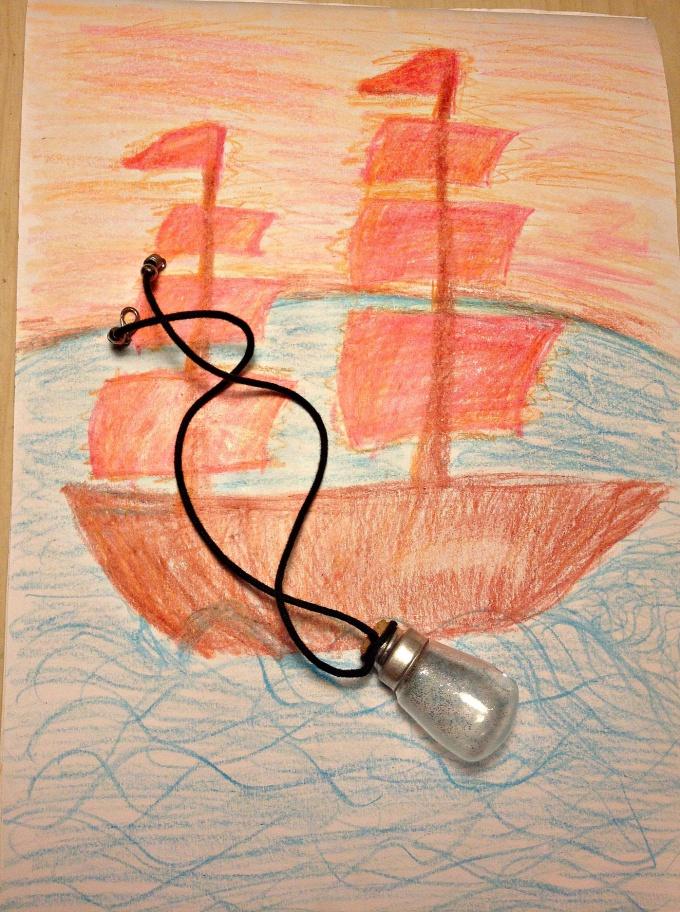 Как сделать креативное украшение из лампочки