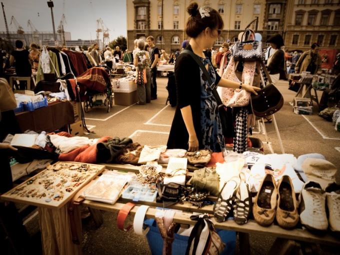 В Тюмени работают секонд-хэнды, блошиные рынки и комиссионные магазины