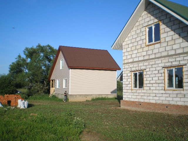 Для домов из пеноблоков требуется надежное устойчивое основание