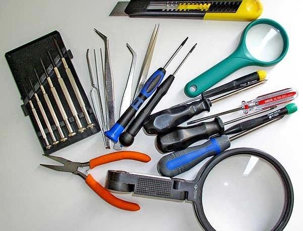 В процессе ремонта понадобится самый разный инструмент