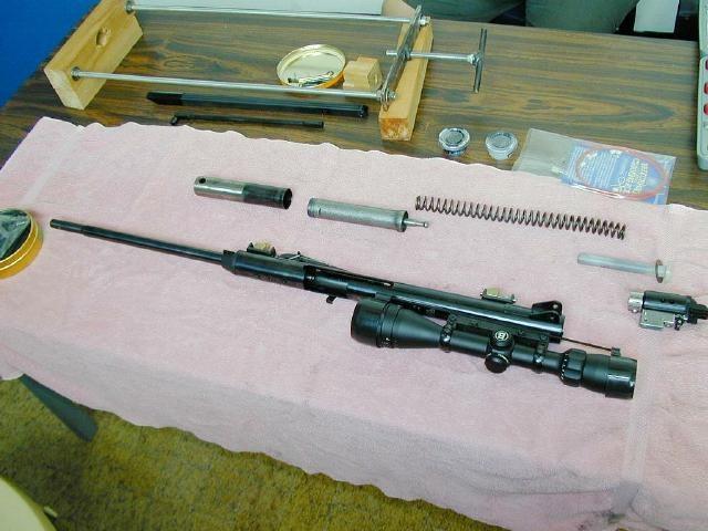 Пневматическая винтовка в разобранном виде