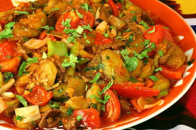 Сытная говядина с овощами