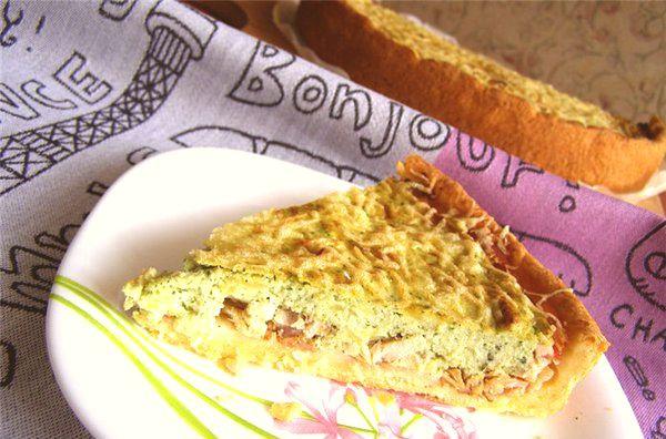 Аппетитный пирог-суфле с помидорами