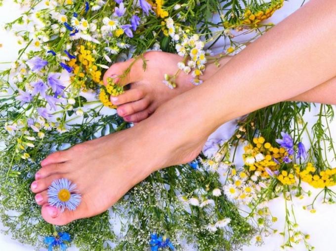 Отеки ног требуют лечения