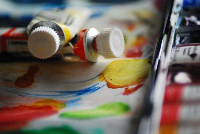 http://www.freeimages.com/pic/l/z/zl/zlyoga/1432766_97248064.jpg