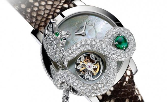 Какие часы сейчас в моде