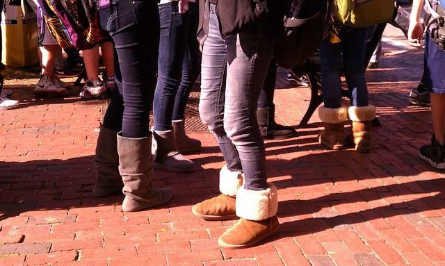 При выборе размера джинсов необходимо учитывать длину изделия.