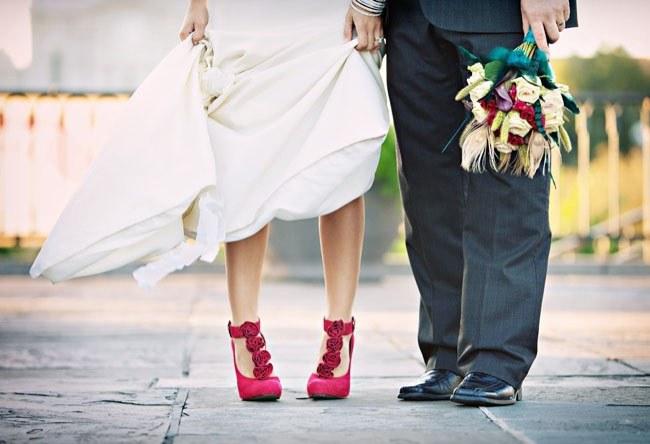 Как подобрать туфли под платье