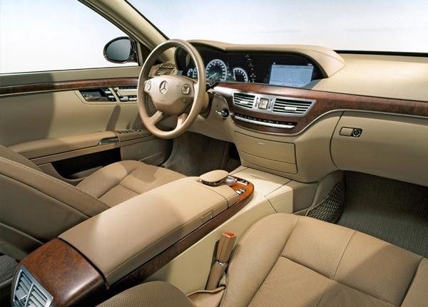Снизить уровень шума в авто помогут специальные звукоизолирующие материалы