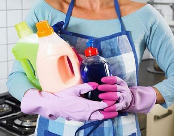 Какими моющими средствами мыть посуду