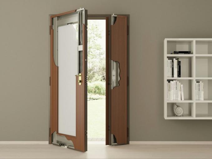 Замена входной двери