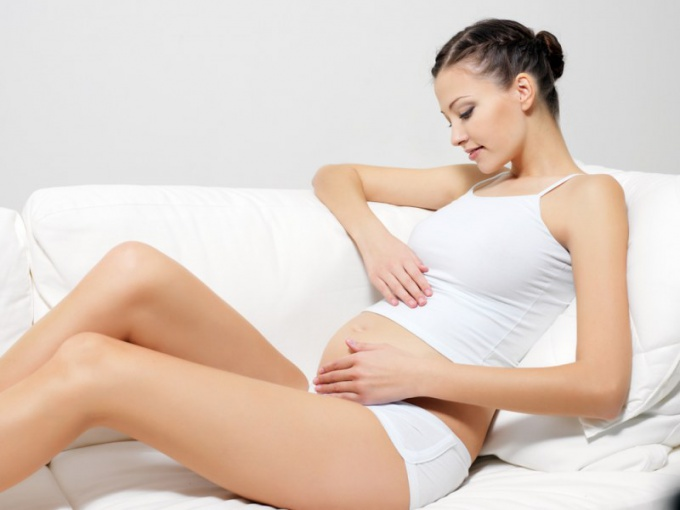 How to recognize fetal movement when pregnant