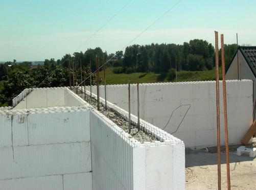 Можно ли строить несущие стены из пенобетона