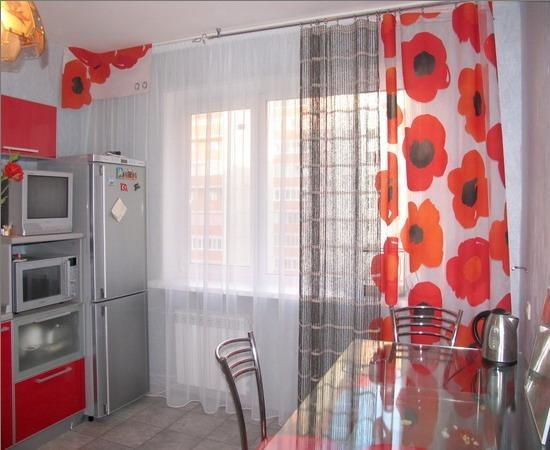 Какие шторы повесить на кухню
