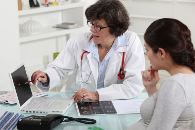 К какому врачу идти при планировании беременности