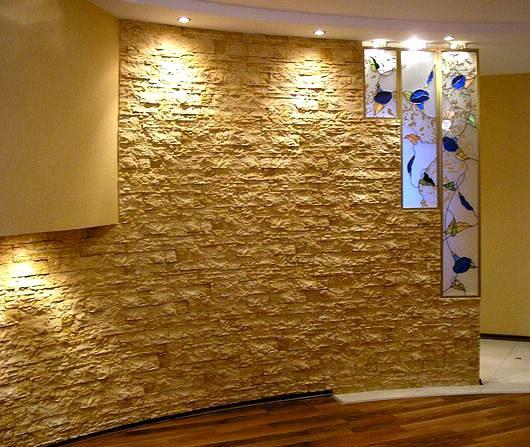 Искусственный декоративный камень подойдет для внутренней отделки