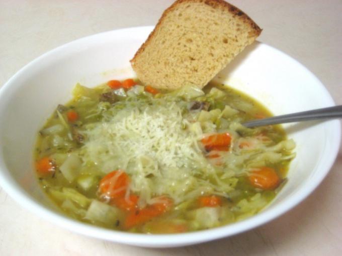 Как варить вкусный суп из капусты и риса