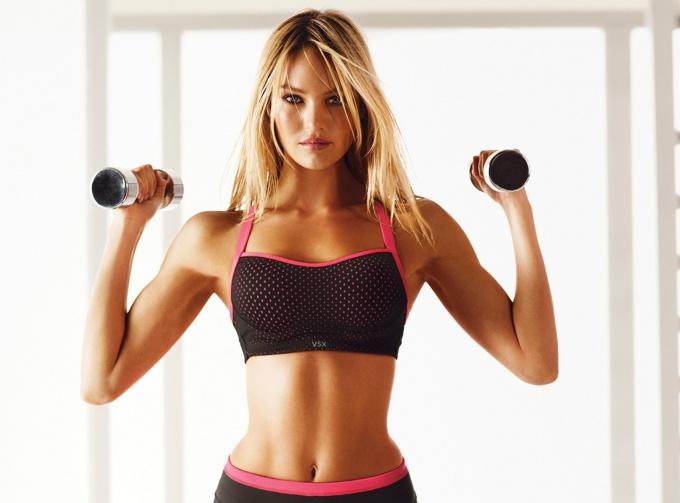 С каких упражнений начать, чтобы сделать грудь красивой