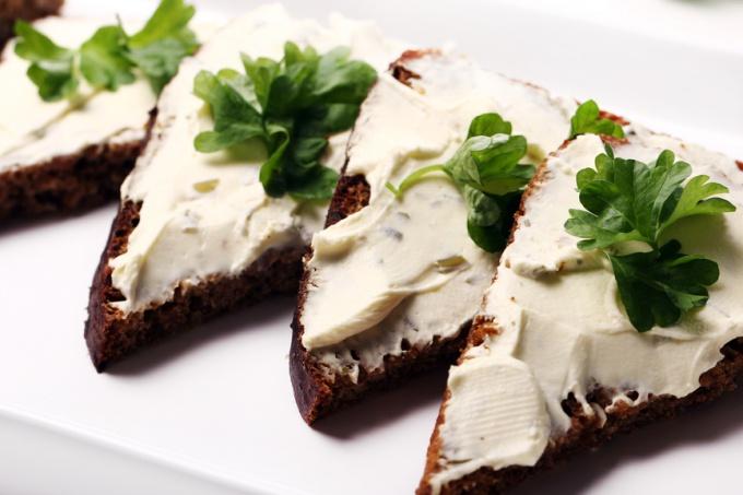 Как приготовить плавленный сыр в домашних условиях