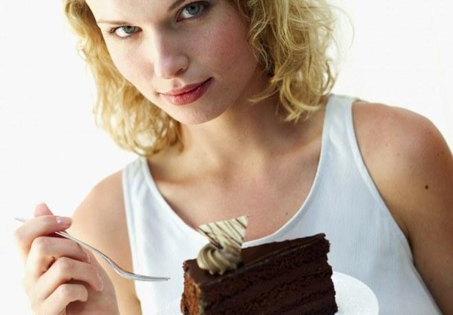 Чем опасны перекусы