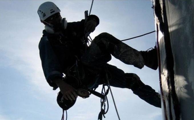 Промышленный альпинизм - опасная профессия