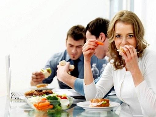 Приемы пищи по расписанию