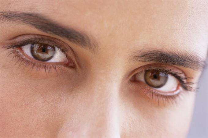 В чем поводы происхождения ячменя на глазу