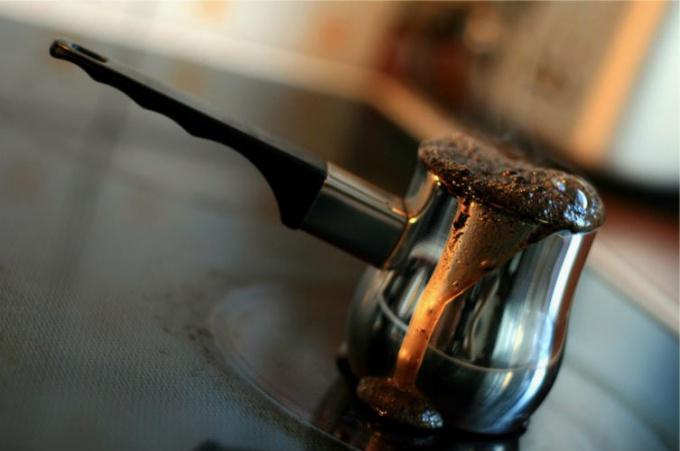Сварите кофе