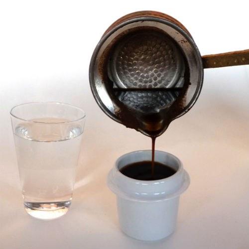 Подходящая посуда для гадания на кофейной гуще