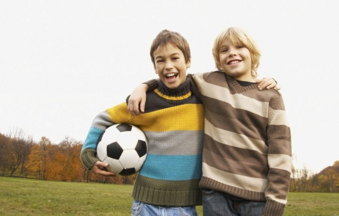 Как социализировать маленького ребенка