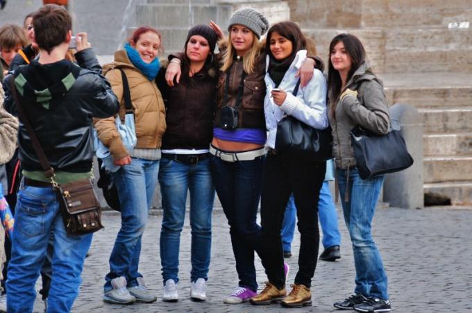 """""""Вареные"""" джинсы очень популярны среди молодых людей"""