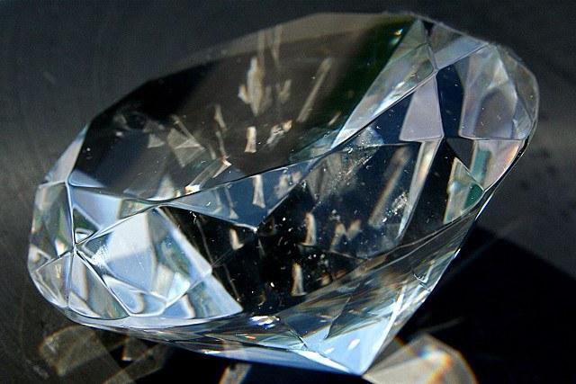 Алмаз - самый известный драгоценный камень